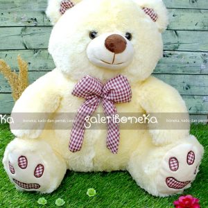 boneka teddy bear pita cream